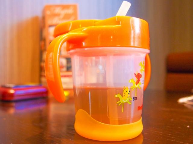 麦茶は赤ちゃんにいつからあげる?作り方とあげる温度は?
