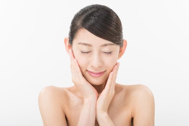 肌に潤いを保つ食事とは?乾燥肌さんにおすすめ食品はこれ!