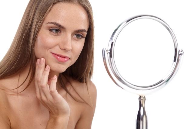 女性のひげの処理方法!あご毛や青い鼻下に悩む女性必見!