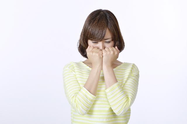 泣いた後に目が腫れない方法は?知っておくと便利な腫れを防ぐコツ!
